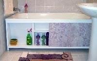 установка экрана в ванной дома